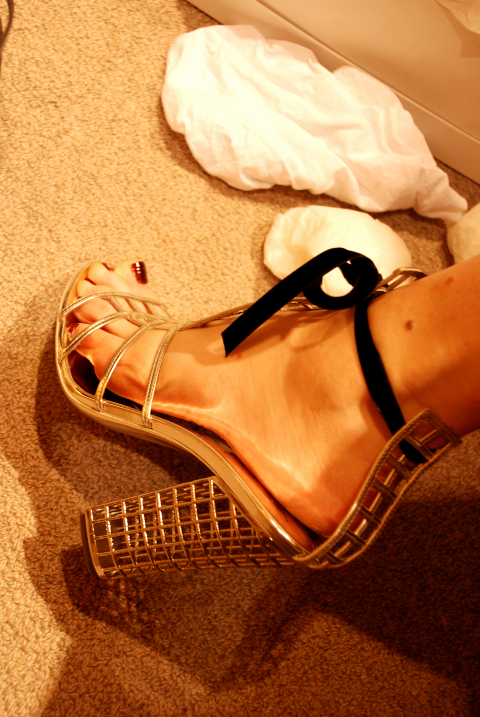 FML...these shoes are just lovely & are worth more than my life.