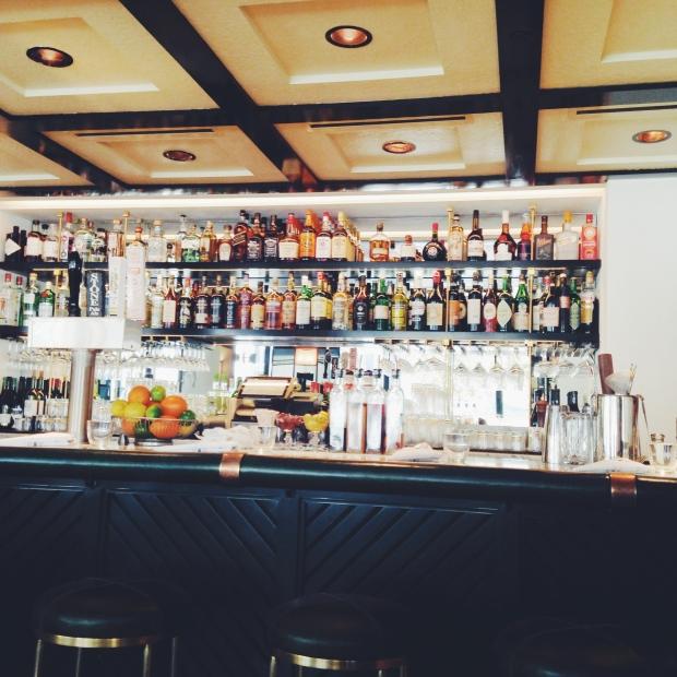 la chapter bar
